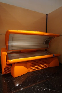 UWE Tropical Series® 32 GB - Electric Sun Tanning Salons in Coral Gables, Fort Lauderdale, and Lauderhill. South Florida tanning salons. Airbrush Tan and Spray Tan.